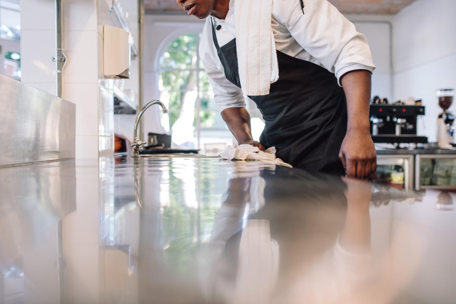Empregados de cozinha temporários ou em regime de outsourcing